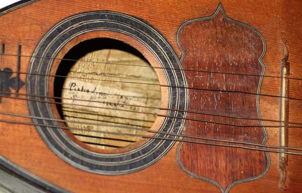 1765 Pietro Lippi (Napolitana fece Marseglia, Italy) Baroque Mandolin, Spruce Top