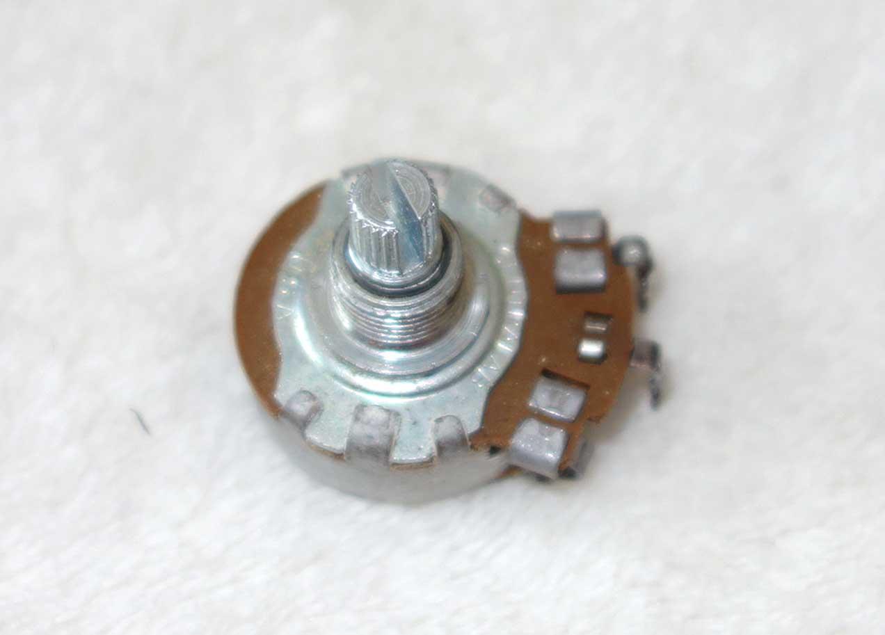 Vintage 1965 Gibson Centralab 500k Pot (546k ?) w/6543 Date Code, Week 43 of '65 w/Nut + 2x Washers