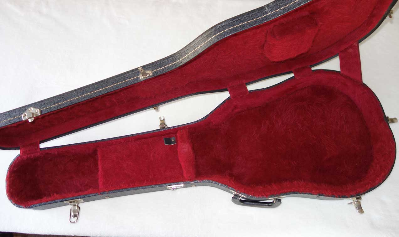 Vintage 1970s Gibson Les Paul Case, Black / Red, 1975-1980