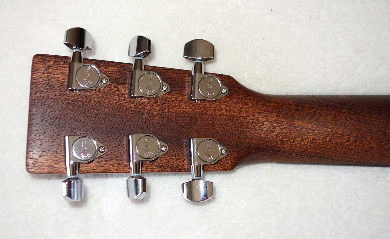 2015 Martin Drednaught Junior Parlor Guitar, All-Solid Woods, X-Bracing, Fishman PUP, Hardshell Case